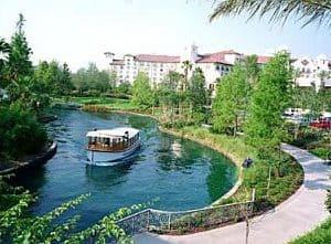 Universal Orlando water taxi