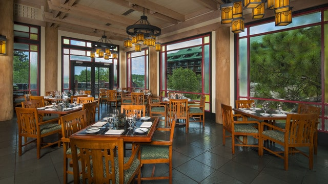 The pros and cons of all Magic Kingdom-area resort restaurants - Artist Point (dinner)