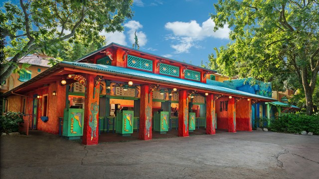 The pros and cons of all Animal Kingdom restaurants - Flame Tree Barbecue (lunch)