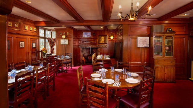 Pros and cons of all Magic Kingdom restaurants - Liberty Tree Tavern (lunch)