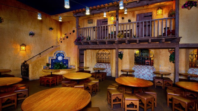 Pros and cons of all Magic Kingdom restaurants - Pecos Bill Tall Tale Inn and Cafe (lunch)