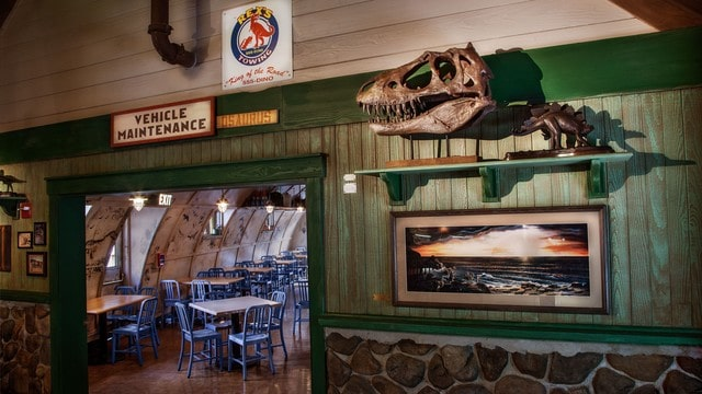 The pros and cons of all Animal Kingdom restaurants - Restaurantosaurus (lunch)