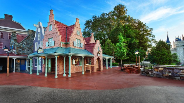 Pros and cons of all Magic Kingdom restaurants - Sleepy Hollow (lunch)