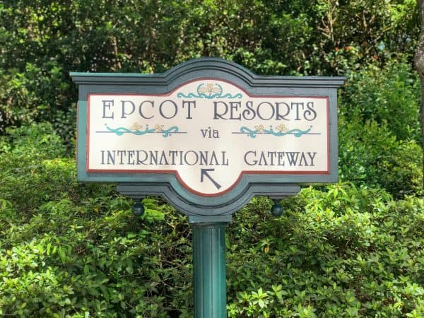 International Gateway sign