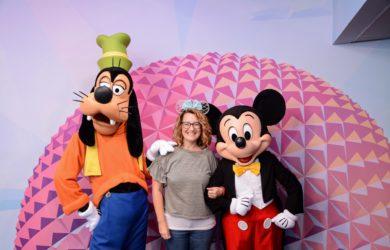 Disney Visa character meet epcot