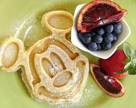 Mickey Waffle - Step 4: Pick dining options