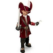 piratecostume - Gift ideas for Disney World-bound families