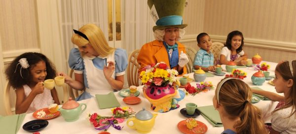 1900parkfarebreakfast 600x271 - The best 8-day Disney World itinerary for families