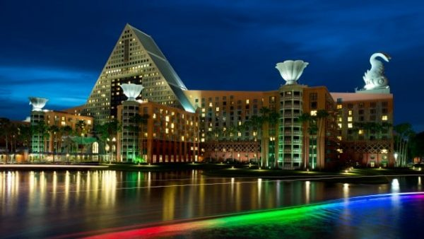 dolphin resort gallery00 600x338 - Resorts for families of 5 at Disney World (from least to most expensive)