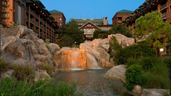 wilderness lodge resort gallery02 600x338 - Resorts for families of 5 at Disney World (from least to most expensive)