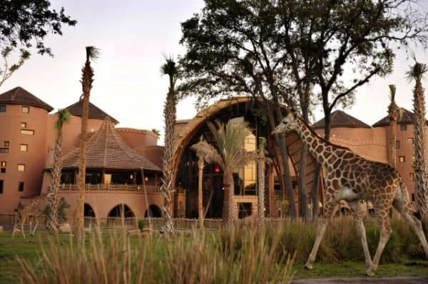 animalkingdomlodge 600x398 - How to tour Disney World resorts (even if you're not staying there)