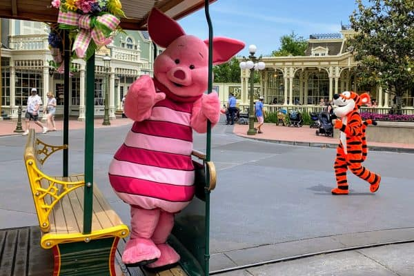 Pooh and friends cavalcade