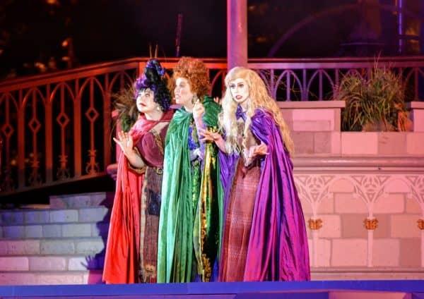 Sanderson Sisters at Hocus Pocus Spectacular