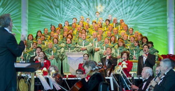 CandlelightProcessional 600x312 - Is a Candlelight Processional Dining Package necessary?