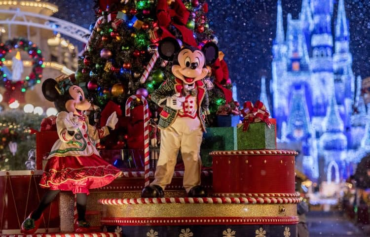 Mickey Christmas at Magic Kingdom