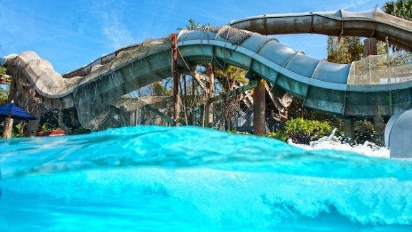 Crush n Gusher at Typhoon Lagoon 600x338 - Leaning Palms (lunch)