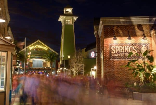 DisneySprings 600x407 - Do I need a park ticket to eat at one of the restaurants in Epcot?