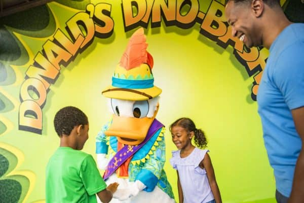 DonaldDinoBash 600x400 - A guide to all Animal Kingdom rides and attractions