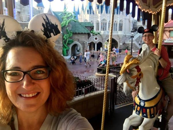 Early Morning Magic carrousel 600x450 - A guide to Early Morning Magic – Fantasyland at Magic Kingdom