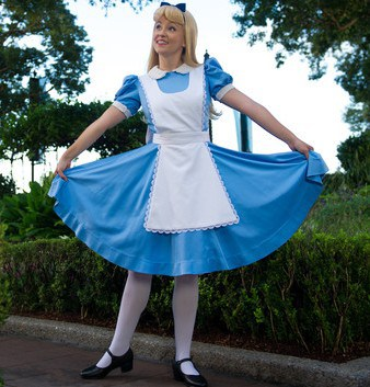Epcot character meet alice in wonderland uk 00 e1448832288615 - Guide to all Epcot rides and attractions