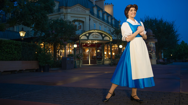 France – Belle (character meet)