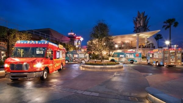 Exposition Park 600x338 - Wyndham Garden Lake Buena Vista - Disney Springs Resort Area