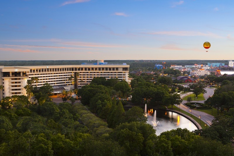 Hilton Orlando Lake Buena Vista Disney Springs Area - Wyndham Garden Lake Buena Vista - Disney Springs Resort Area