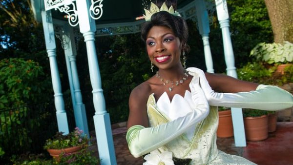 MKcharacter meet tiana 00 600x338 - Complete guide to Magic Kingdom rides and attractions