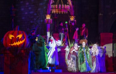 Hocus Pocus Villain Spelltacular at Mickey's Not So Scary Halloween Party