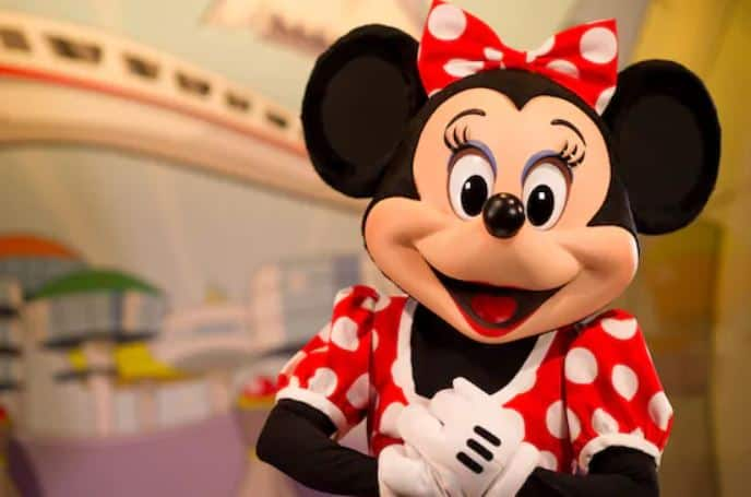 Minnie Mouse (character meet)