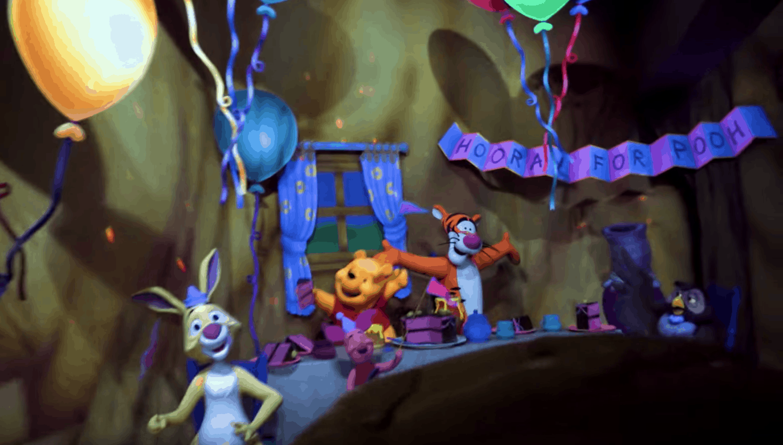 Many Adventures Of Winnie The Pooh - Disneyland