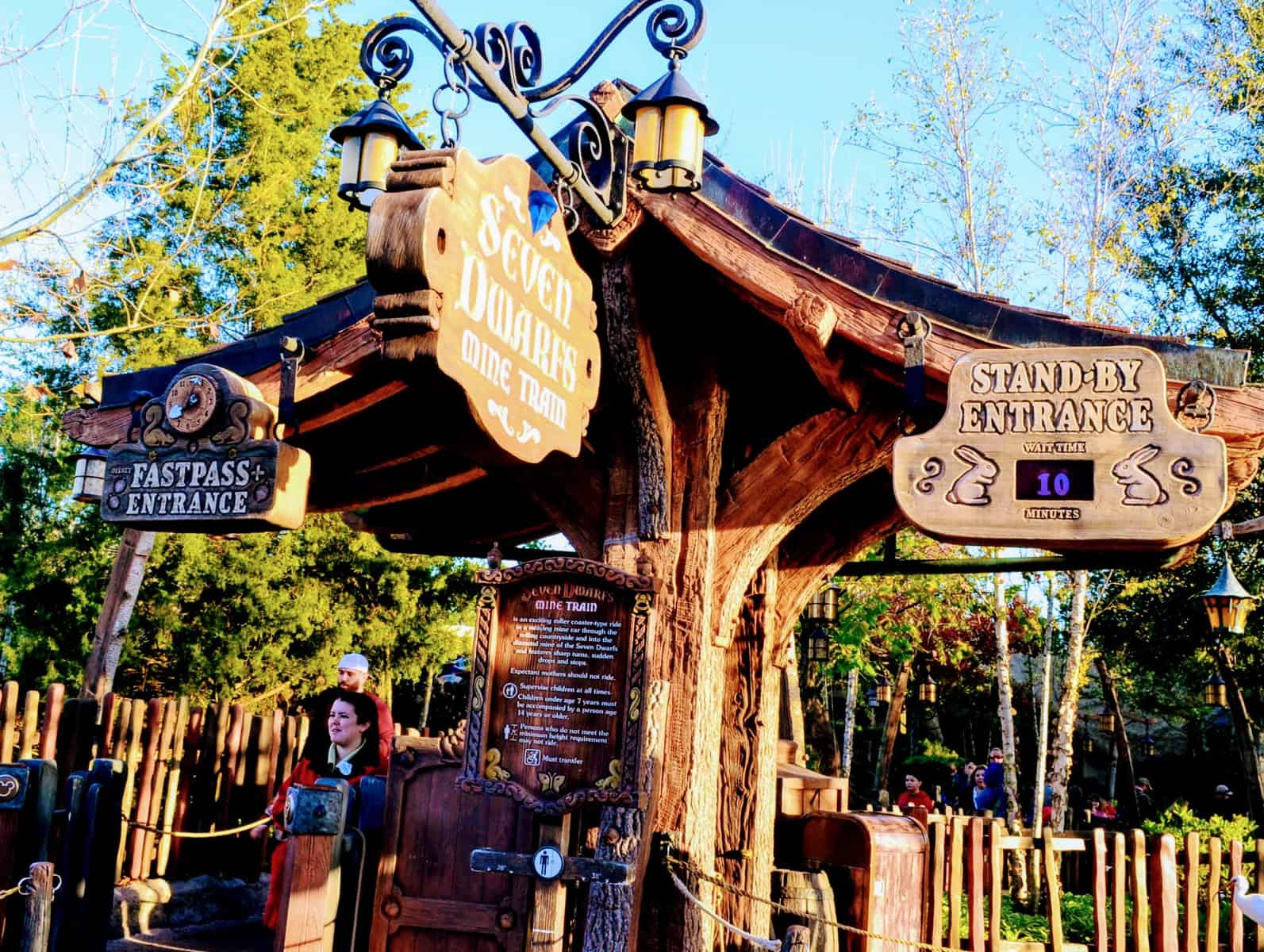 How to get difficult FastPass reservations