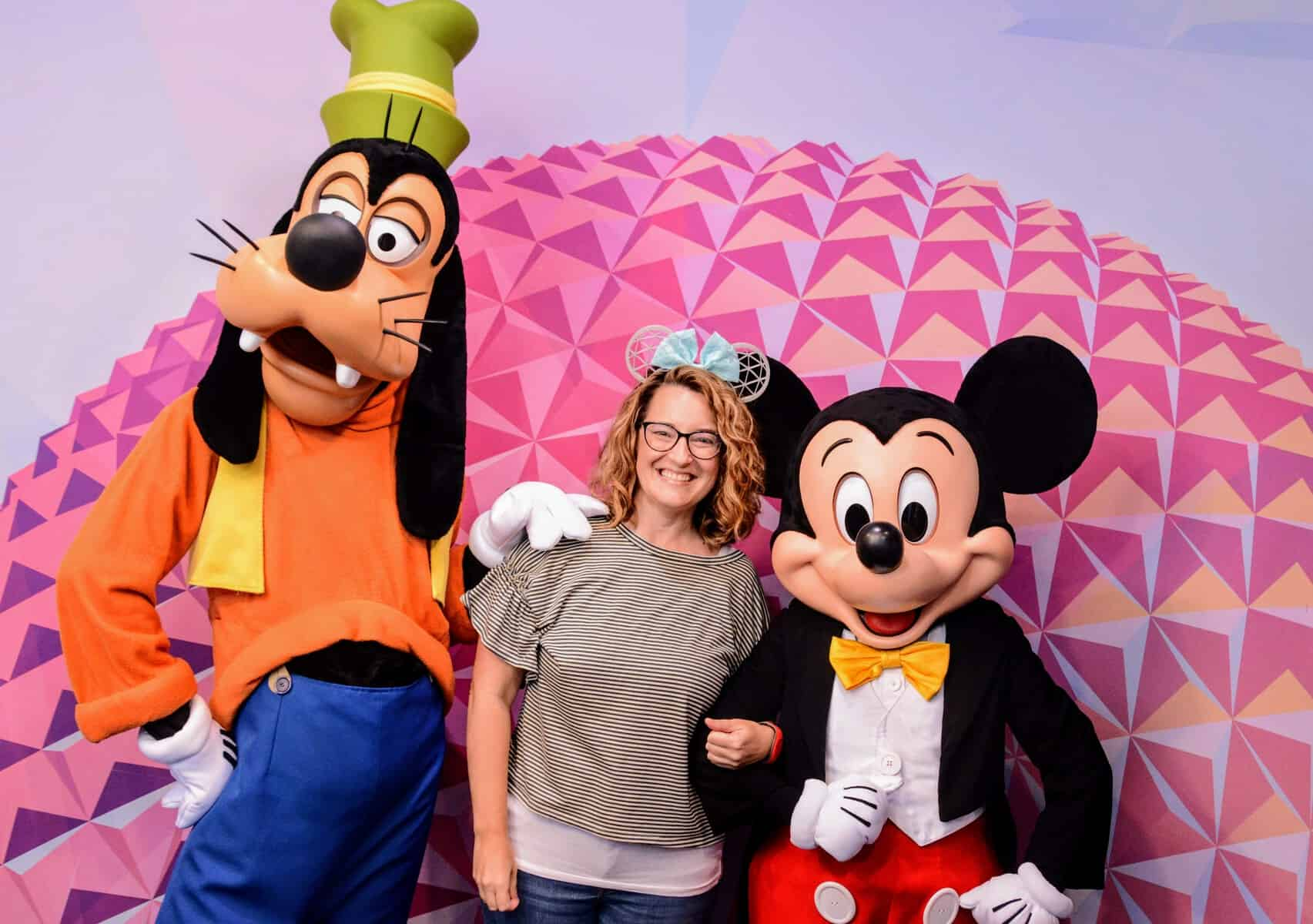 Shannon, Mickey, and Goofy