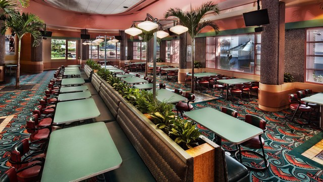 Pros and Cons for All Hollywood Studios Restaurants - ABC Commissary (dinner)