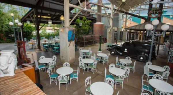Backlot Express at Hollywood Studios has outdoor seating