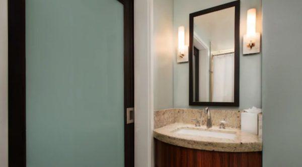 Bay Lake Tower deluxe studio bathroom