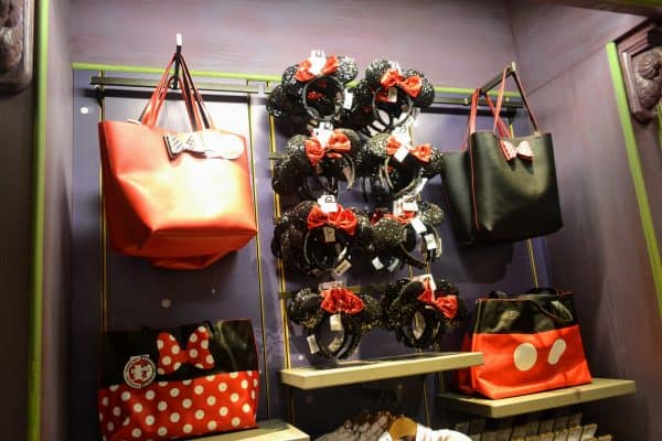 Disney purse and gift shop at Disney World