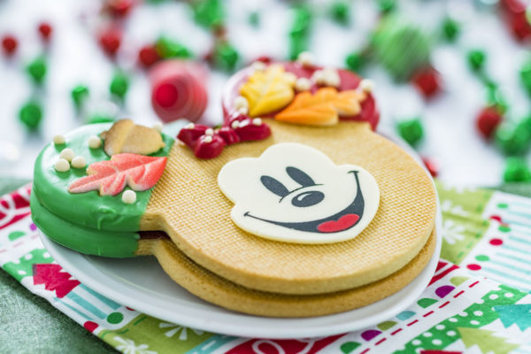 Large shortbread cookie flurry of fun hollywood studios christmas