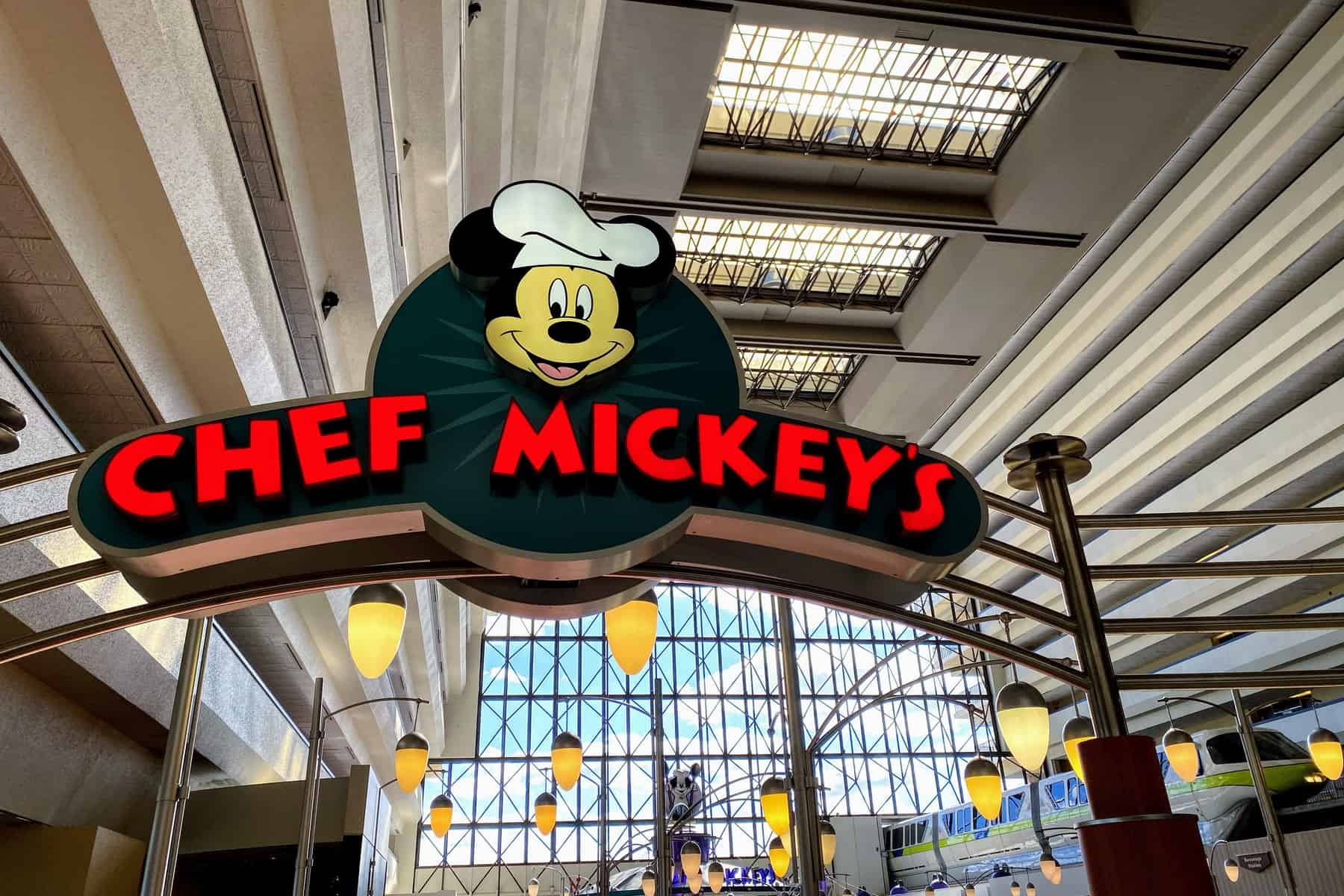 WDW Prep's top Table Service restaurants at Disney World - Chef Mickey's (dinner) – Modified Experience