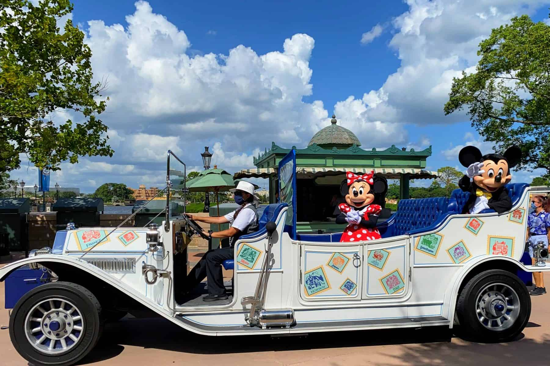 Mickey and Minnie in Epcot