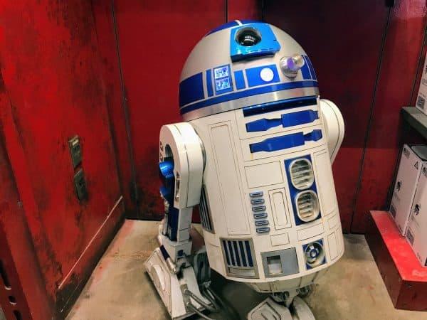 R2-D2 at Droid Depot