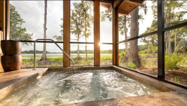 Copper Creek Cabin hot tub