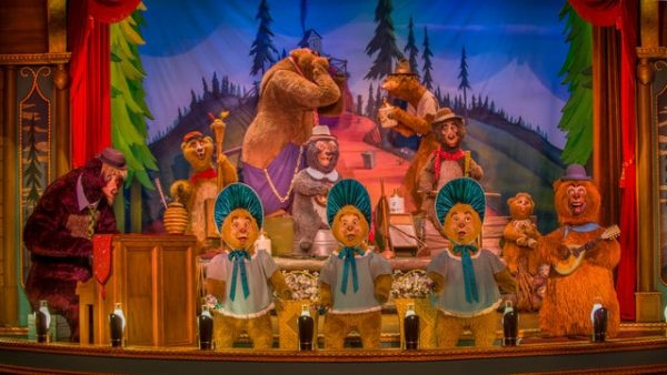 countrybearjamboree 600x338 - Complete guide to Magic Kingdom rides and attractions