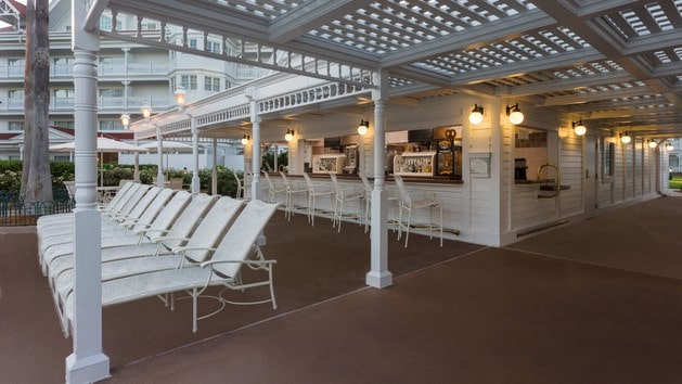 Grand Floridian Resort - Courtyard Pool Bar