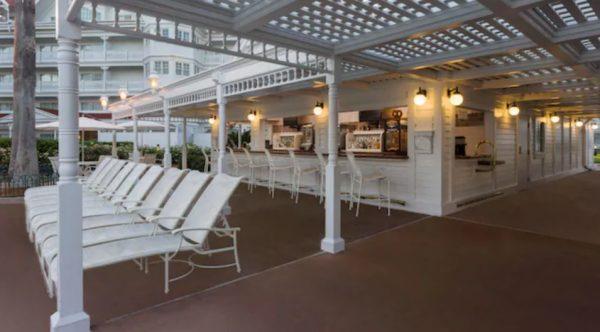 Courtyard Pool Bar at Grand Floridian
