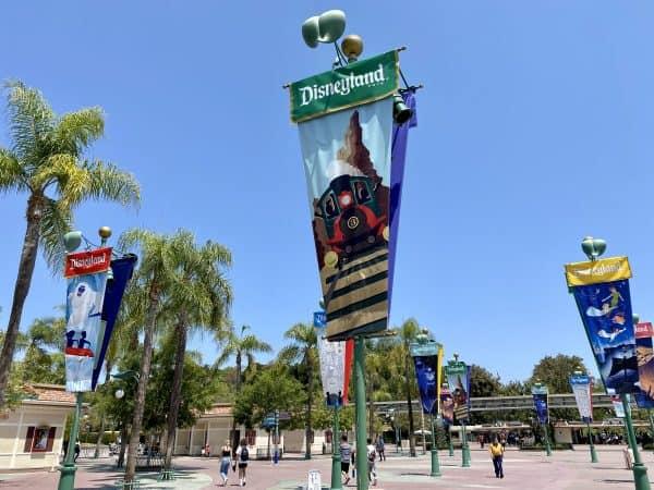 Disneyland esplanade banners