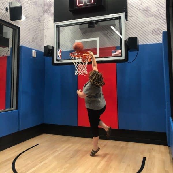 Dunk NBA Experience