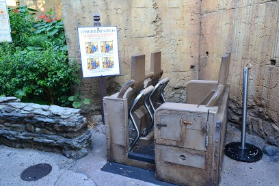 expedition everest ride vehicle