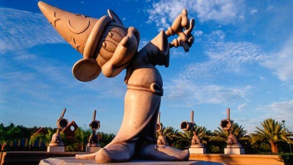 fantasia gardens fairways miniature golf 00 600x338 - Adding a date night to your Disney World vacation