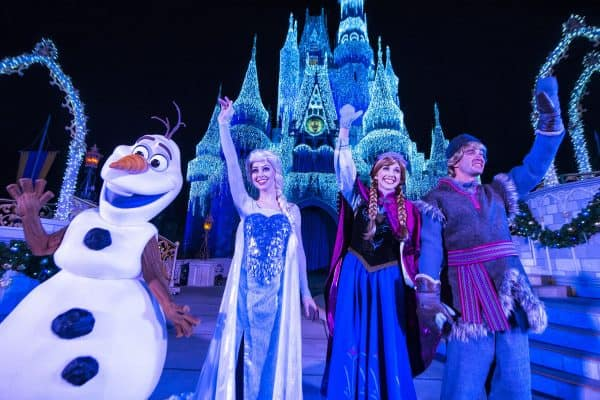 frozenholidaywish 600x400 - Tips for seeing Anna and Elsa at Disney World (and Olaf too!)